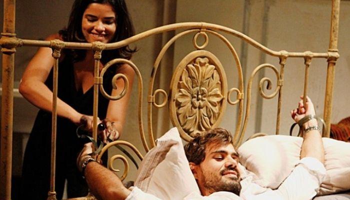 Vanessa Giacomo como Aline em Amor a Vida